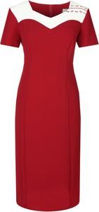 Czerwona sukienka Fokus midi z dekoltem w kształcie litery v