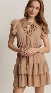 Sukienka Renee z okrągłym dekoltem trapezowa