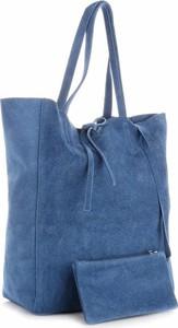 Niebieska torebka Vera Pelle ze skóry