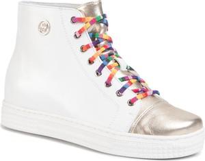 Buty sportowe Solo Femme sznurowane na koturnie