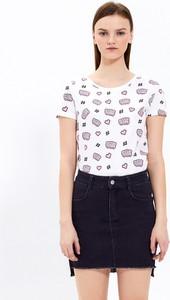 T-shirt Gate z krótkim rękawem z okrągłym dekoltem w młodzieżowym stylu