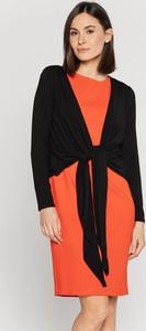 Czarna sukienka Lavard mini z długim rękawem wyszczuplająca