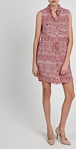 Różowa sukienka Gate mini bez rękawów