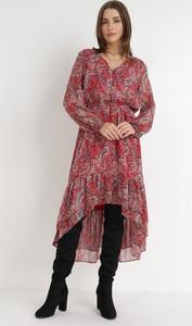 Sukienka born2be z długim rękawem z tkaniny w stylu casual