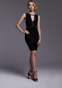 Czarna sukienka Ella Boutique bez rękawów z okrągłym dekoltem