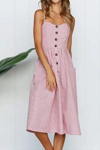 Sukienka Sandbella z dekoltem w kształcie litery v na ramiączkach