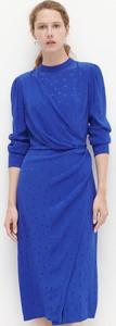 Niebieska sukienka Reserved z długim rękawem