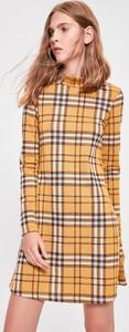 Sukienka Trendyol mini w stylu casual z okrągłym dekoltem