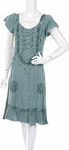 Zielona sukienka Joe Brouns z dekoltem w kształcie litery v rozkloszowana