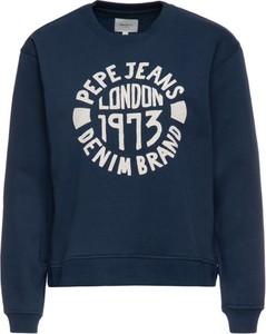 Granatowa bluza Pepe Jeans w młodzieżowym stylu krótka