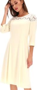 Sukienka Premiera Dona z okrągłym dekoltem z tkaniny z długim rękawem