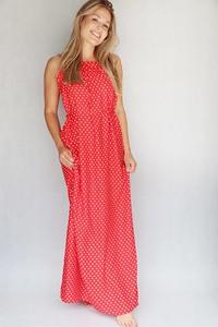 Czerwona sukienka Endoftheday maxi bez rękawów