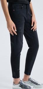 ddbfd4df Czarne jeansy damskie Cropp, kolekcja wiosna 2019