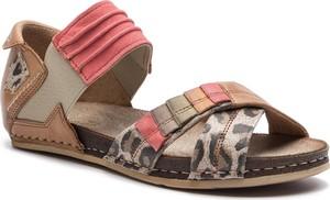 Sandały Maciejka w stylu casual z płaską podeszwą