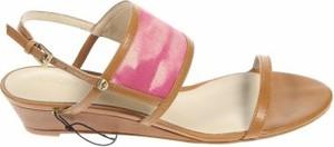 Brązowe sandały Koolaburra