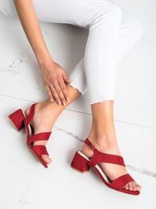 Czerwone sandały Kylie z klamrami