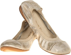 Złote baleriny Lafemmeshoes ze skóry z płaską podeszwą w stylu casual