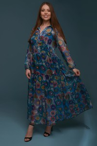 Sukienka Taravio z szyfonu z długim rękawem