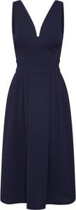 Sukienka WAL G. maxi z dekoltem w kształcie litery v bez rękawów
