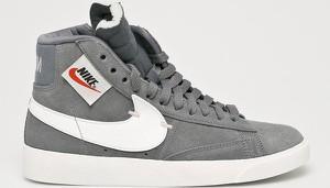 Trampki Nike Sportswear ze skóry z płaską podeszwą
