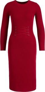 Czerwona sukienka Guess