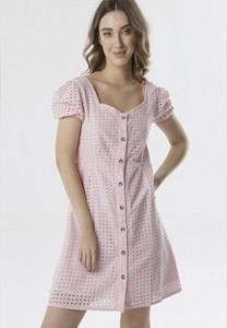 Różowa sukienka born2be z krótkim rękawem mini z dekoltem w kształcie litery v