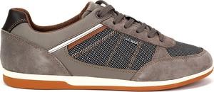 Brązowe buty sportowe Geox sznurowane w sportowym stylu z zamszu