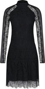 Czarna sukienka Hugo Boss z długim rękawem mini