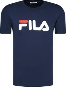 Niebieska bluza Fila w sportowym stylu