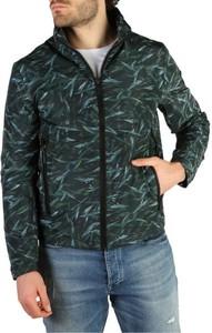 Kurtka Calvin Klein w militarnym stylu krótka