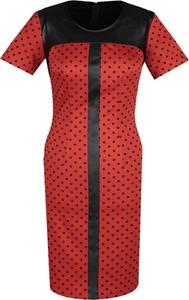 Czerwona sukienka Fokus ze skóry dopasowana z krótkim rękawem
