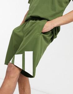 Zielone spodenki Adidas Performance w sportowym stylu z dresówki