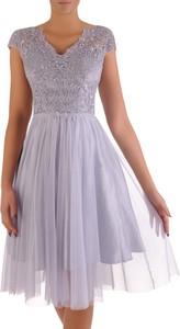 Niebieska sukienka POLSKA rozkloszowana z krótkim rękawem