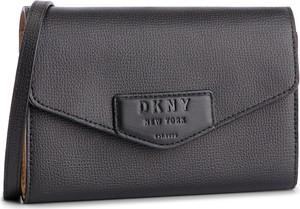 Czarna torebka DKNY w stylu casual na ramię