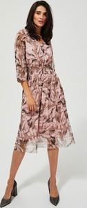 Sukienka Moodo z dekoltem w kształcie litery v z szyfonu midi