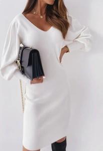 Sukienka Sandbella z dekoltem na plecach mini
