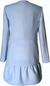 Niebieski płaszcz La Folie