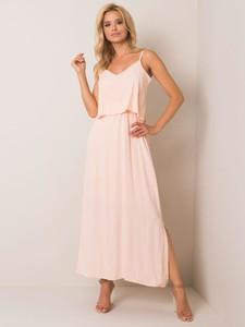 Różowa sukienka Sheandher.pl maxi z dekoltem w kształcie litery v