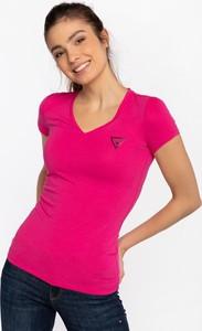 Różowa bluzka Guess z krótkim rękawem
