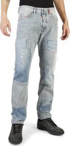 Jeansy Diesel w młodzieżowym stylu z bawełny