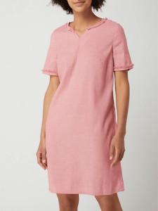 Różowa sukienka Montego z dekoltem w kształcie litery v w stylu boho mini