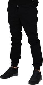 Czarne spodnie Nasa Hustla