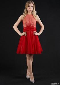 Czerwona sukienka Rokado bez rękawów rozkloszowana mini