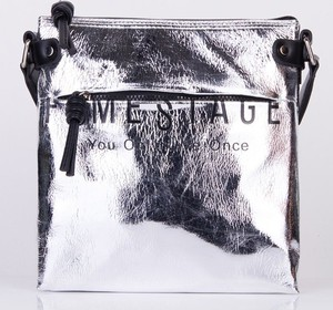 Srebrna torebka FEMESTAGE Eva Minge średnia na ramię