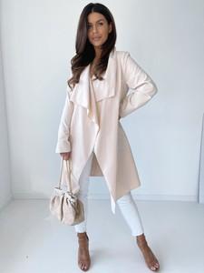 Różowy płaszcz Versada w stylu casual