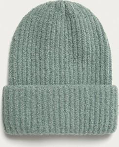 Turkusowa czapka Medicine