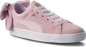 Różowe trampki Puma ze skóry ekologicznej w sportowym stylu suede