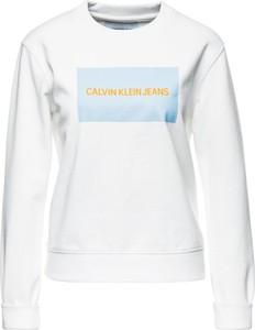 Bluza Calvin Klein krótka w młodzieżowym stylu