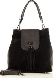 Czarna torebka MAZZINI w stylu boho na ramię