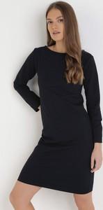 Czarna sukienka born2be w stylu casual mini z długim rękawem
